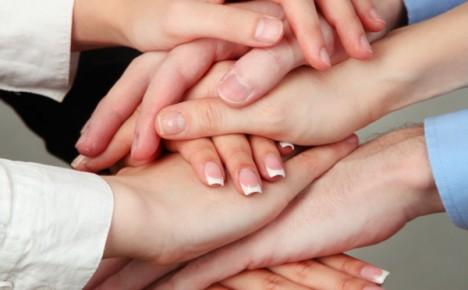 Faire travailler ensemble des générations.