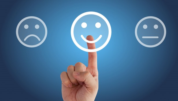 Satisfaction client (smiley souriant)